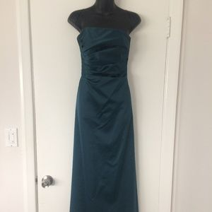 JS Boutique Strapless TEAL gown